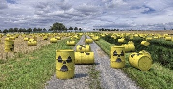 nuclear-waste-1471361_1920-1